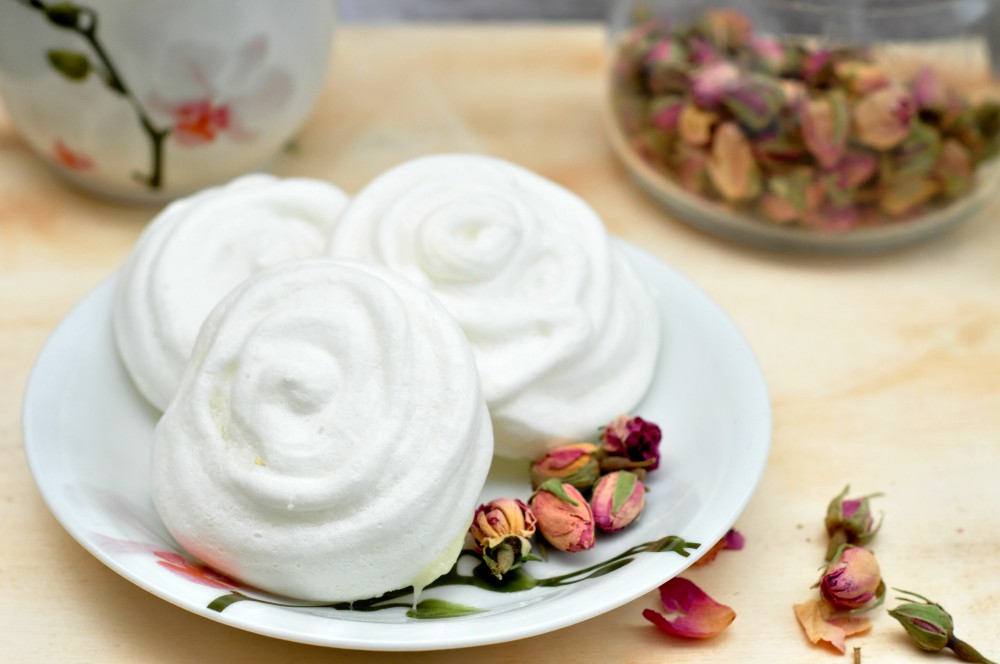 vegan meringue cookies